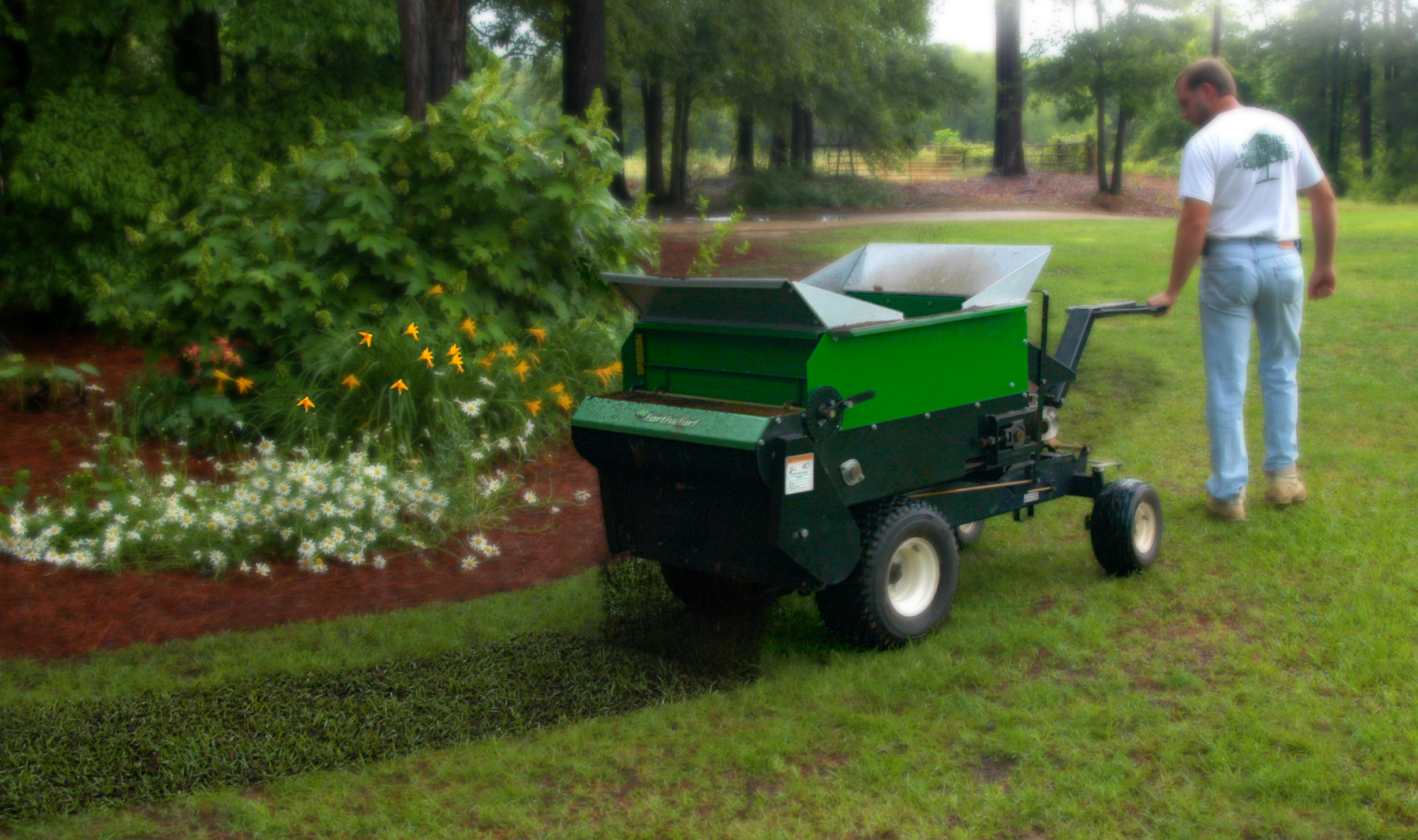topdressing with compost photo